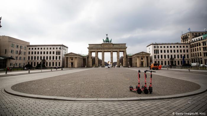 Німеччина продовжила жорсткий карантин до 18 квітня