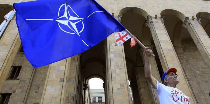 Шаг к НАТО без Украины: Грузия может получить План действий по членству в  Альянсе | Европейская правда