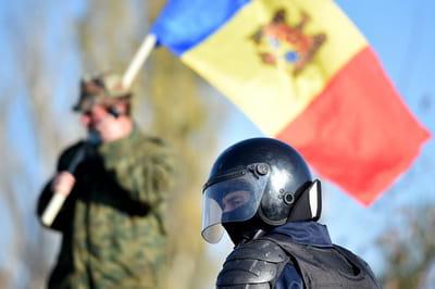 Выборы 2020 года запомнились беспорядками на админгранице Приднестровья - ветераны войны 1992 года блокировали проекзд избирателей на участки