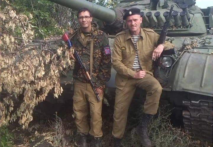 Павел Кафка на Донбассе (на фото - слева)