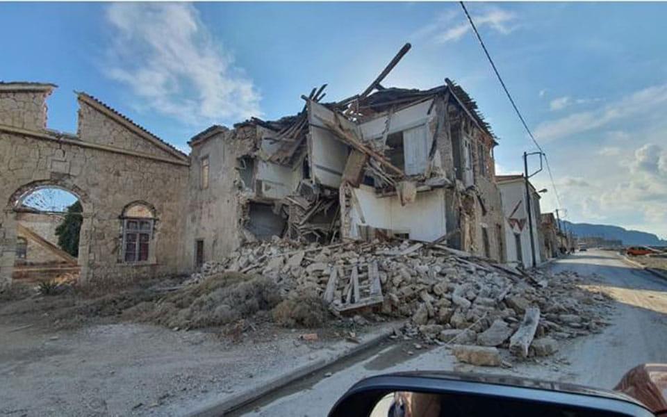 Зруйнована будівля на Самосі