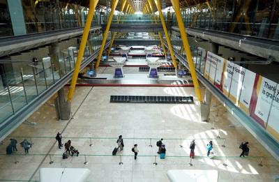 Чимало європейських аеропортів нині схожі на аеропорт Мадрида. Невдовзі це має змінитися, але правила польотів все одно будуть іншими